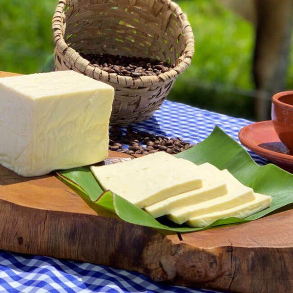 queso-tierno-tipo-turrialba